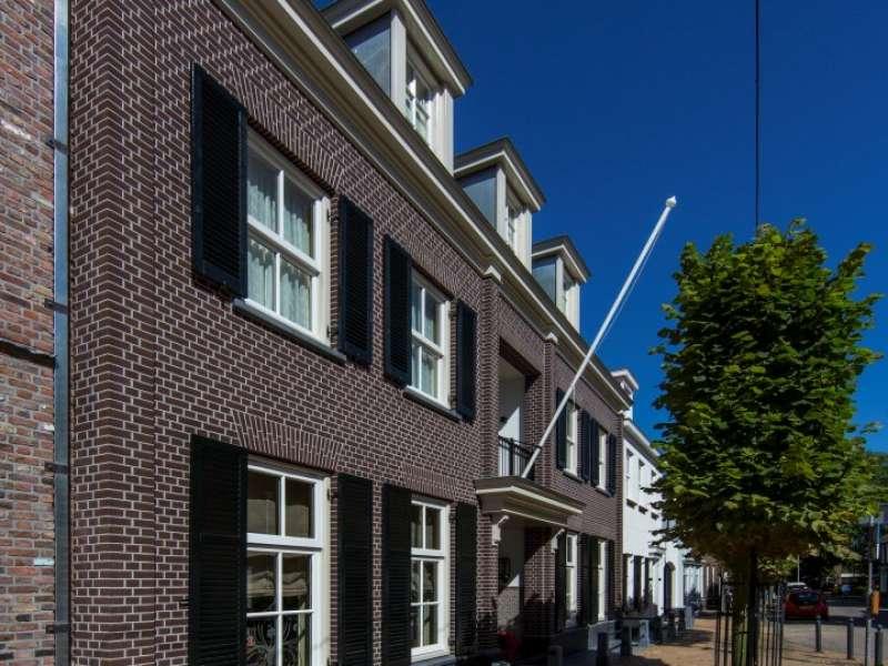 Woning in centrum gelegen met karakteristieke details