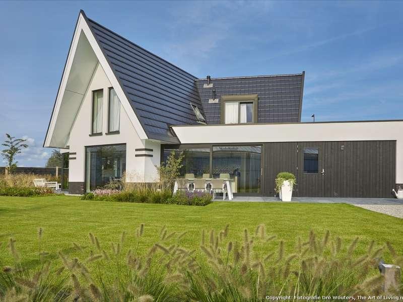 Moderne villa in waaiervorm